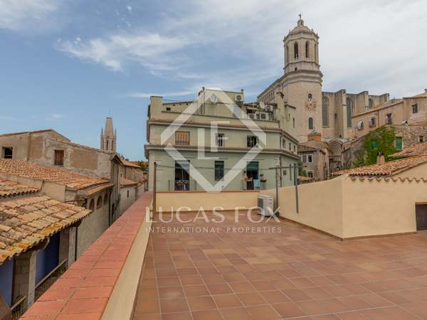 154m² Apartment for sale in Girona Center, Girona