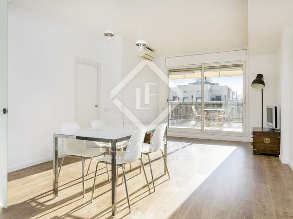 140m² Apartment with 40m² terrace for rent in Eixample Left