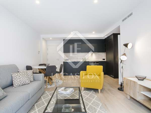 55m² Apartment with 8m² terrace for sale in Poble Sec