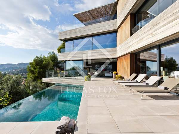 547m² House / Villa with 338m² terrace for sale in Bellamar