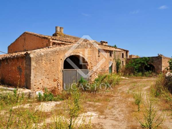 Farm for sale in east Mallorca, near Porto Cristo.
