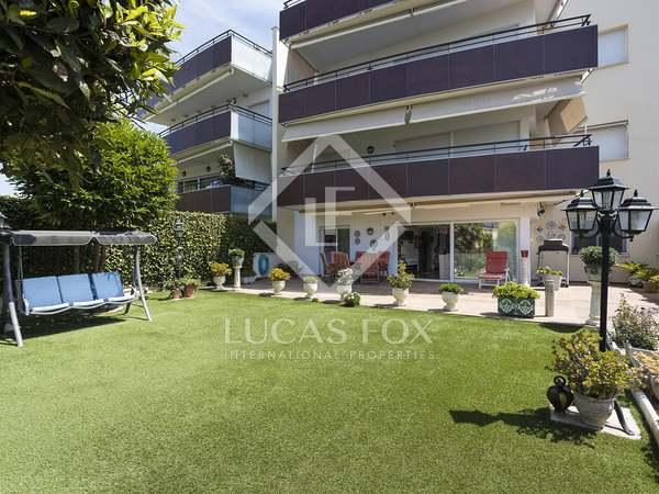Appartamento di 145m² con giardino di 35m² in vendita a Terramar