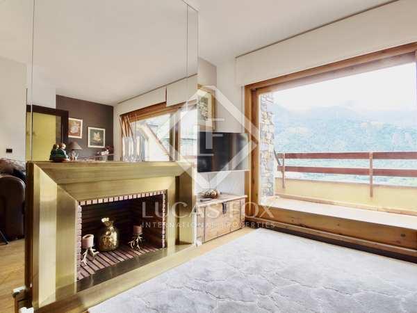 Пентхаус 135m², 15m² террасa на продажу в Андорра Ла Велья