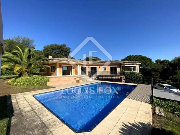561m² House / Villa for sale in Santa Cristina, Costa Brava