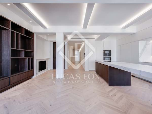 181m² apartment to buy on Carrer Diputacio, Barcelona