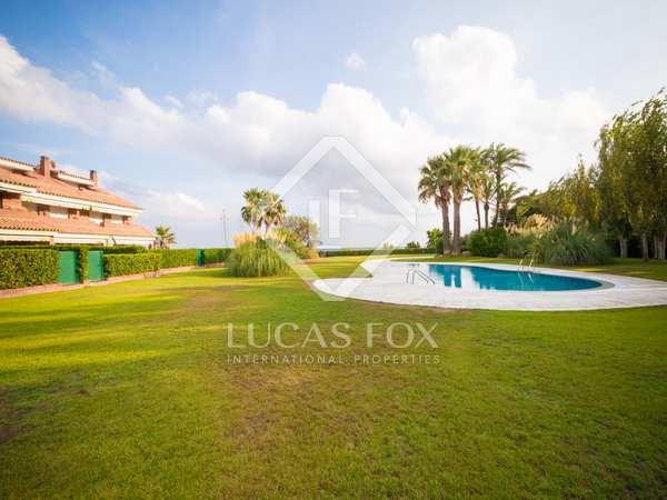 Casa / Villa di 276m² con giardino di 33m² in vendita a Gavà Mar