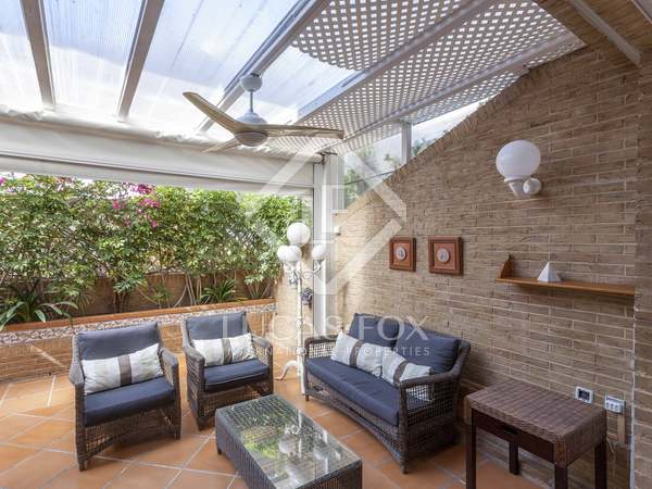 Casa / Villa di 265m² con 60m² terrazza in affitto a Patacona / Alboraya