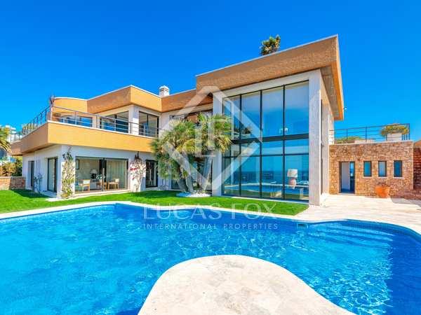 Huis / Villa van 735m² te koop in Sant Feliu, Costa Brava
