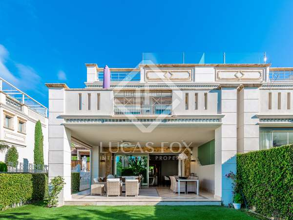 Villa de 200m² en venta en Sierra Blanca
