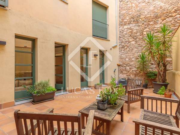 127m² Apartment with 60m² terrace for sale in Barri Vell