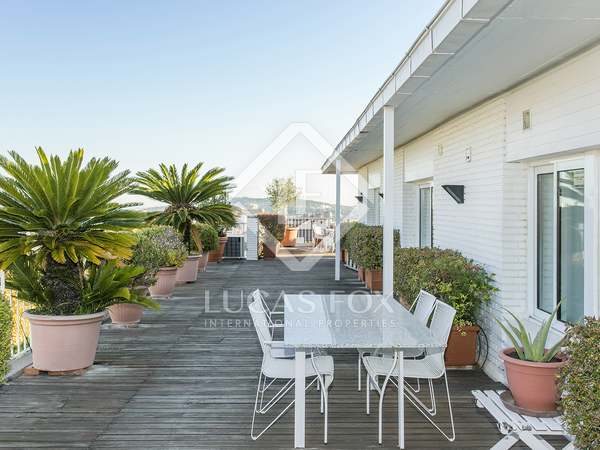 Penthouse with terrace for rent Sant Gervasi - La Bonanova