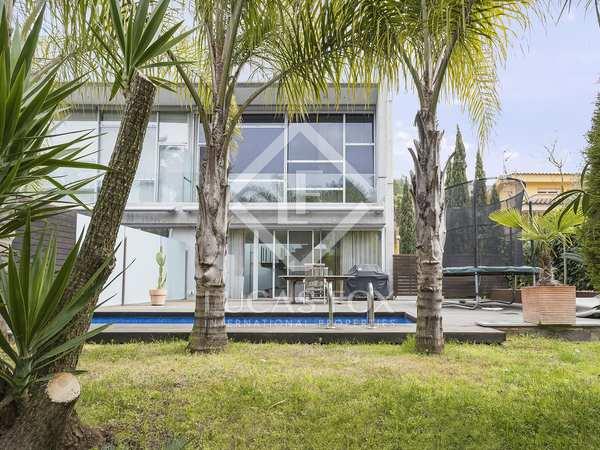 Huis / Villa van 316m² te koop in Olivella, Barcelona
