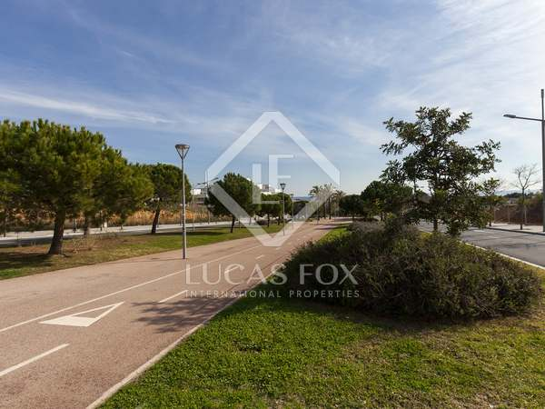 300m² Plot for sale in Sitges Town, Sitges