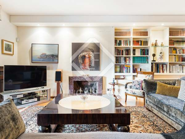 Appartement van 250m² te koop met 18m² terras in Turó Park