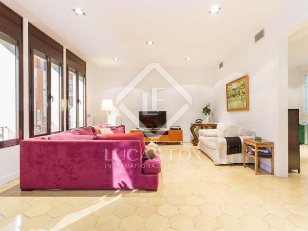 293 m² apartment with 16 m² terrace for sale in Gracia