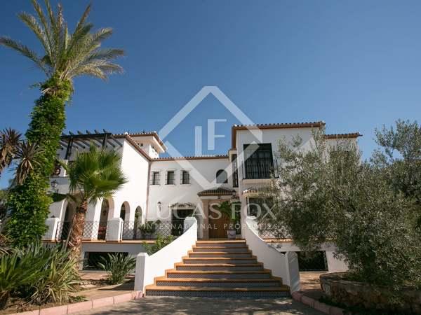 721m² House / Villa for sale in Málaga, Spain