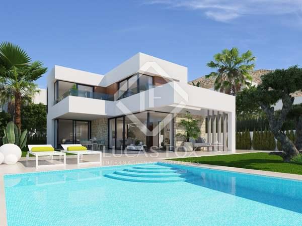 228m² House / Villa for sale in Finestrat, Alicante