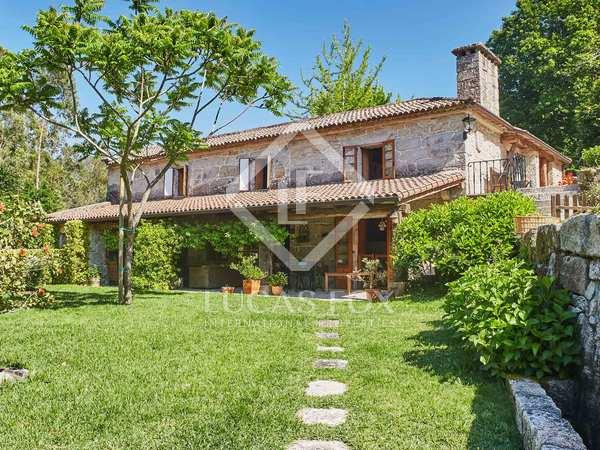 515m² Haus / Villa zum Verkauf in Pontevedra, Galicia