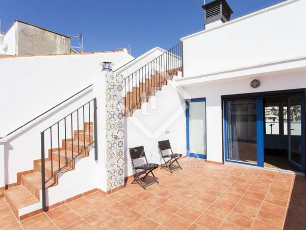 163m² Takvåning med 52m² terrass till salu i Sitges Town