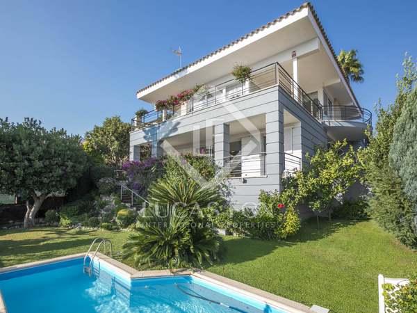 Huis / Villa van 507m² te koop in Teià, Maresme