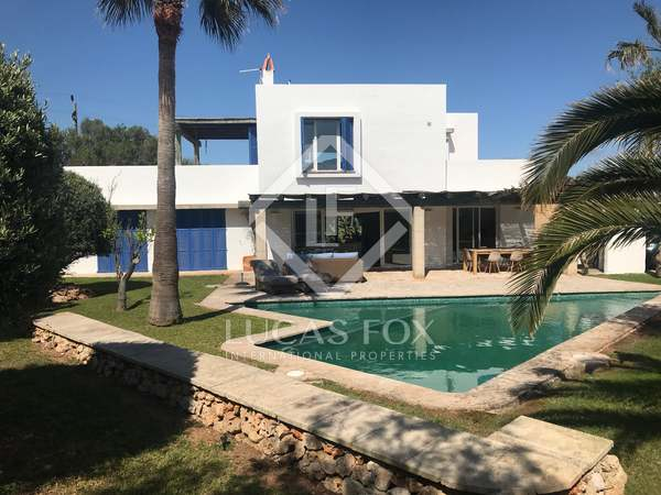 Villa de 207m² con 875m² de jardín en venta en Menorca
