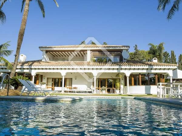 876m² House / Villa with 4,017m² garden for sale in San Pedro de Alcántara / Guadalmina