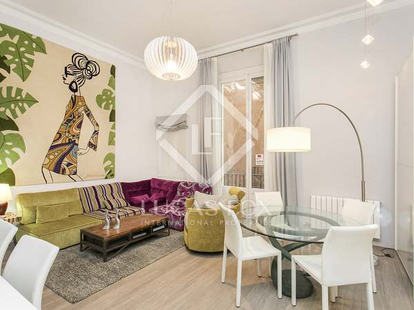 在 El Born, 巴塞罗那 110m² 出租 房子 包括 8m² 露台