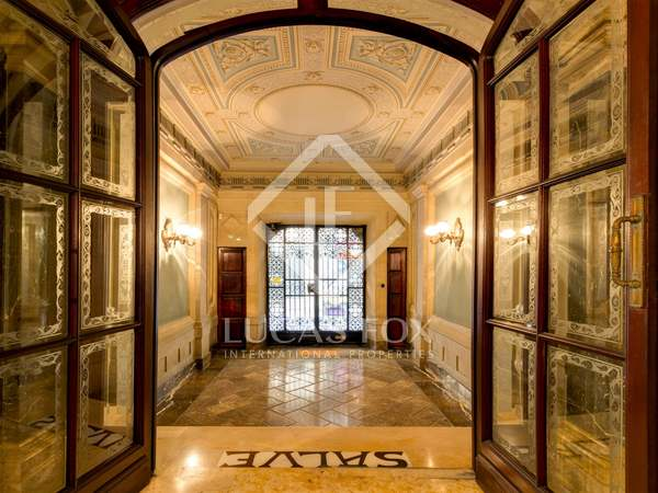 895m² Castle / Palace with 207m² terrace for sale in Tarragona City