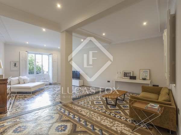 Apartmento de 236m² with 12m² terraço em aluguer em El Pla del Remei