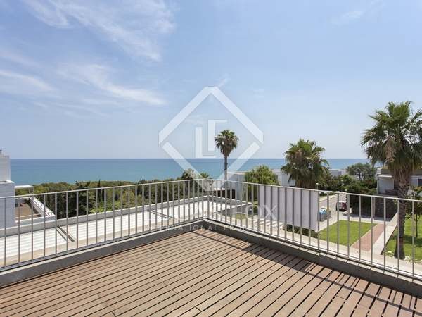 60m² Apartment with 19m² terrace for sale in Els Cards