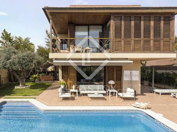 Huis / Villa van 315m² te koop in Vallpineda, Barcelona