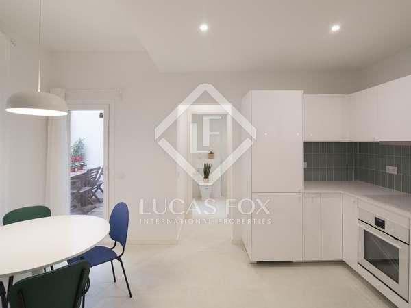 Piso de 60m² con terraza de 8m² en venta en El Raval