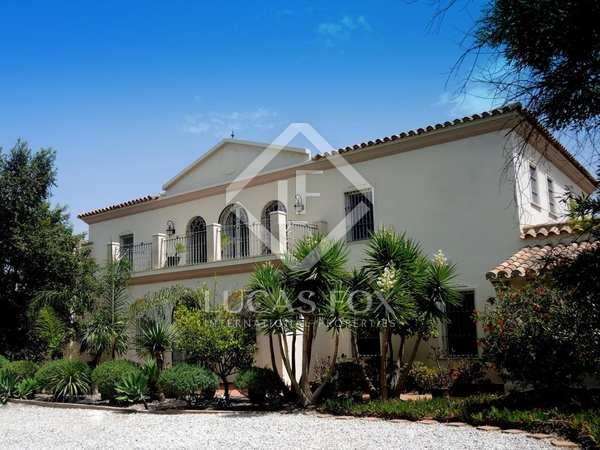 734m² Country house for sale in Málaga, Spain