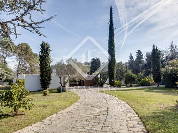417m² House / Villa for sale in Sant Cugat, Barcelona