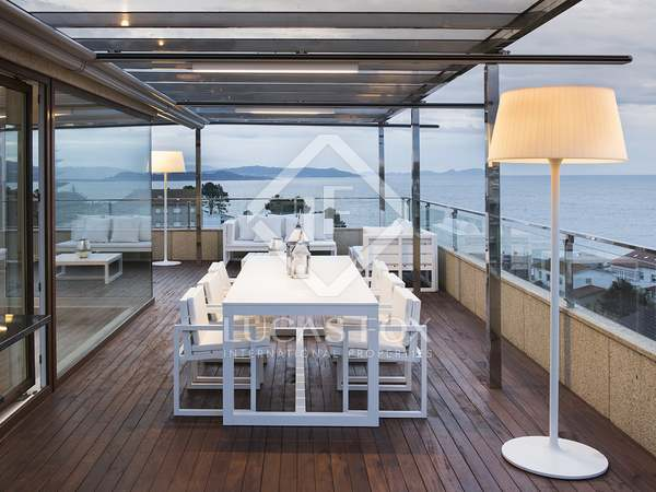 250m² Apartment with 145m² terrace for sale in Pontevedra