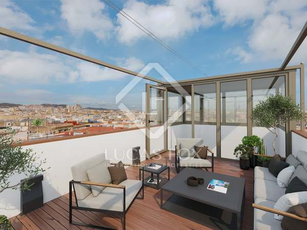 234m² Penthouse with 85m² terrace for sale in El Born