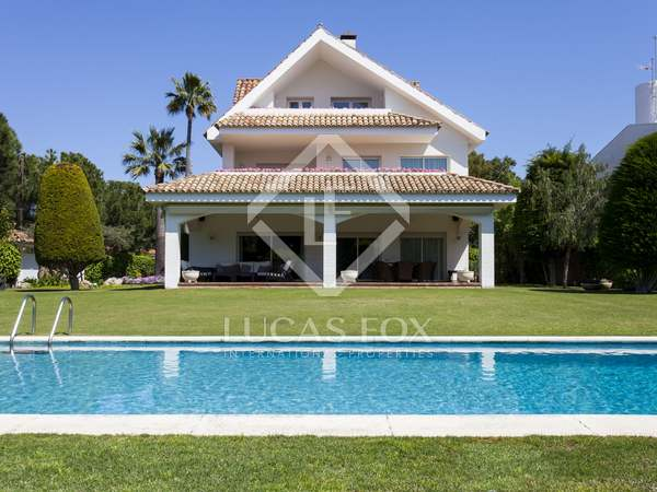 Large house for sale in Terramar, Sitges