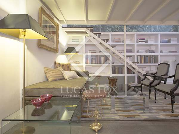 95m² Apartment with 8m² terrace for sale in Sevilla, Spain