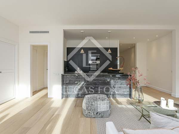 102m² Apartment for sale in Sant Gervasi - Galvany
