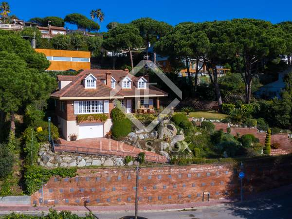 338m² House / Villa for sale in Cabrils, Barcelona