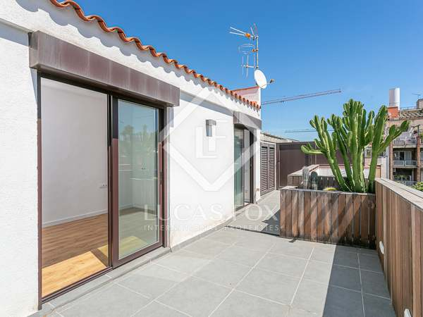 81m² Apartment with 27m² terrace for sale in El Clot