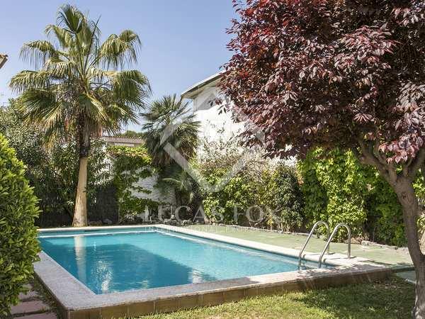 Casa / Vil·la de 150m² en lloguer a Castelldefels, Barcelona
