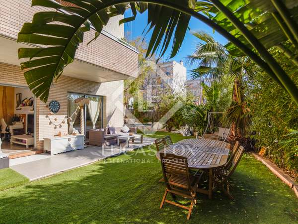 130m² Apartment with 188m² garden for sale in Sitges Town