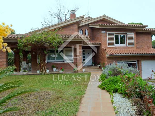 244 m² house for sale in Gavà Mar, Barcelona