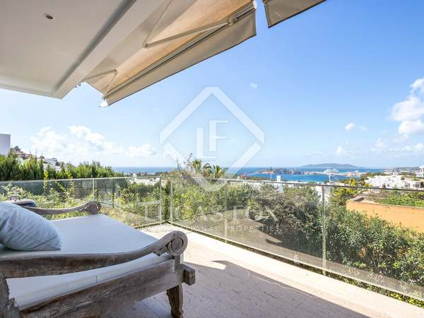 170m² villa with garden for sale in Ibiza Town