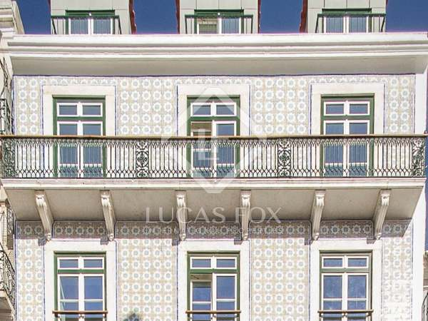 247m² Apartment with 11m² terrace for sale in Lisbon City