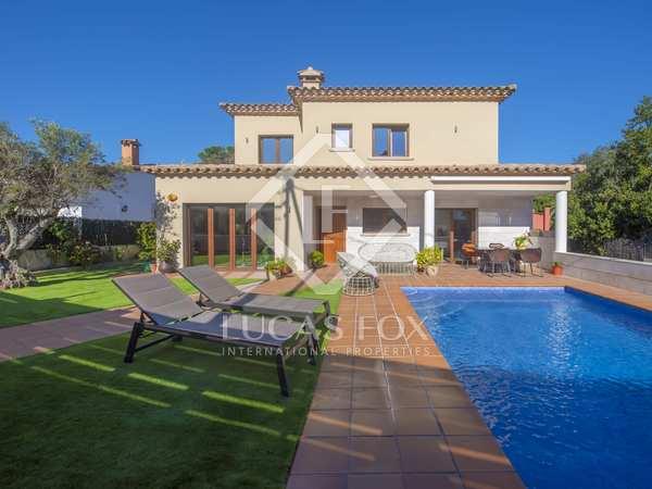Huis / Villa van 404m² te koop in Platja d'Aro, Costa Brava