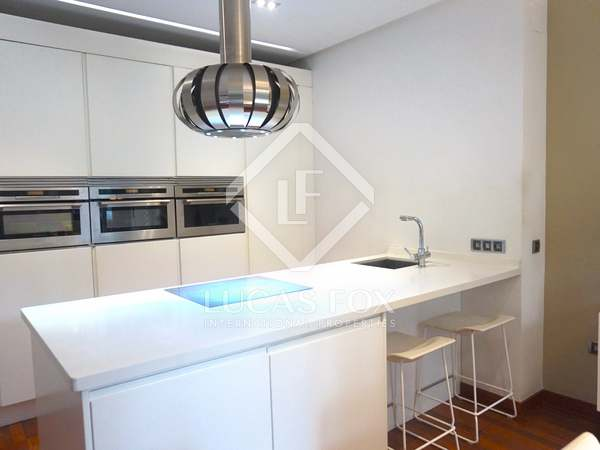 93m² Apartment for rent in Gran Vía, Valencia