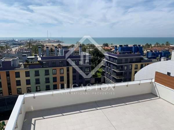 160m² Apartment with 69m² terrace for sale in Vilanova i la Geltrú