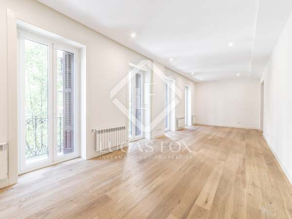 Appartement de 283m² a louer à Recoletos, Madrid